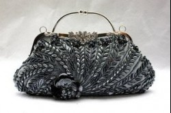 Стилисты рекомендуют: как выбрать вечернюю сумочку